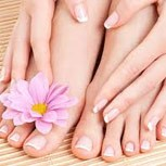 Kéz-lábápolás