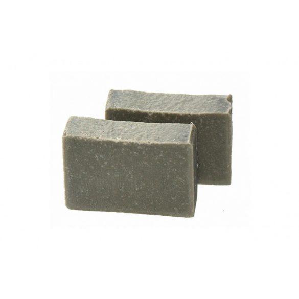Iszap szappan magas ásványi anyag tartalma regenerálja a bőrt.