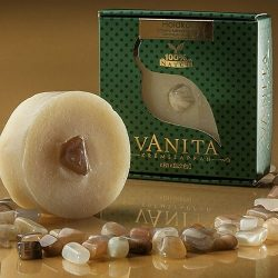 Kizárólag természetes növényi alapanyagokból készül. Vanita Holdkő krémszappan.