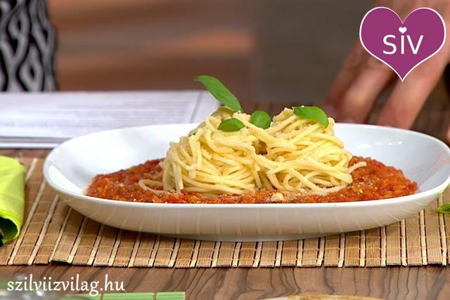 Bolognai vöröslencsés spagetti